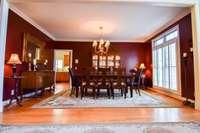 Dynamic formal dining room