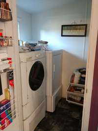 WALK IN UTILITY ROOM WITH STORAGE