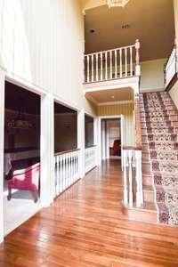 Grand 2 story entry foyer