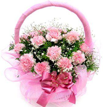 15 Carnations Round Basket