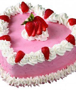 2 KG Heart Shape Strawberry Cake