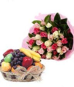 Fruit Basket & Mix Color Roses Bunch