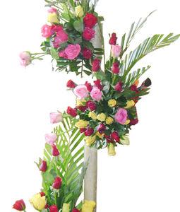 100 Mix Roses Tall Basket