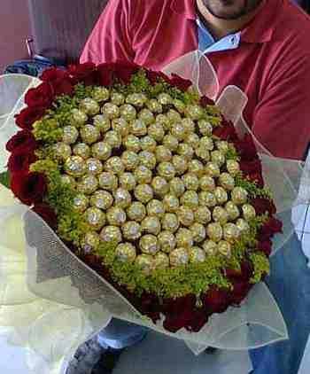 Chocolate n Rose Lover