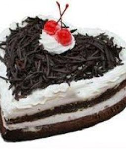 1 KG Heart Shape Black Forest Cake