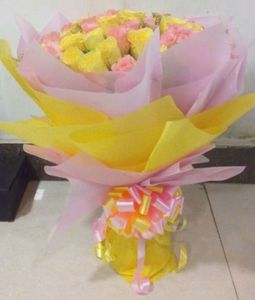 50 Yellow Pink Rose Bouquet