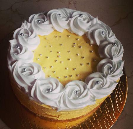 Butter Mousse Cake Half Kg