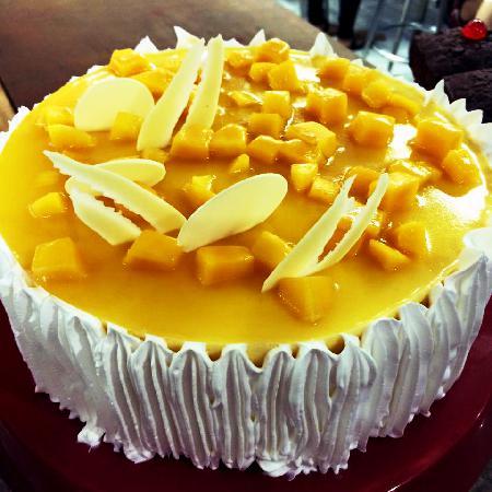 Mango Mousse 1 Kg Cake