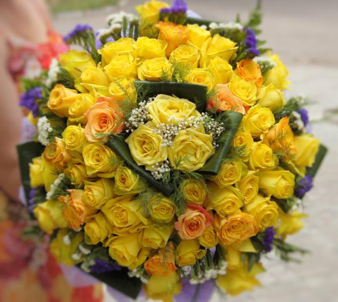 50 Yellow Roses Bunch