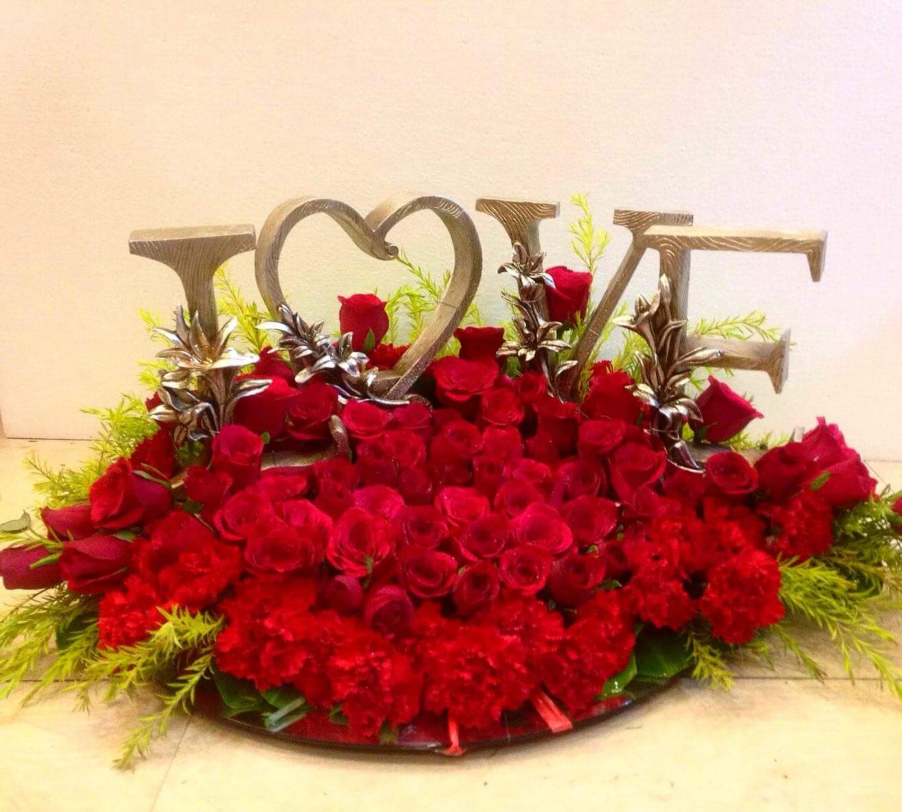 Exotic Love Red Flowers Arrangement