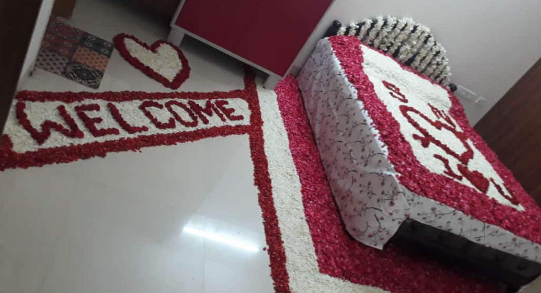 First Night Bed and Ground Decoration