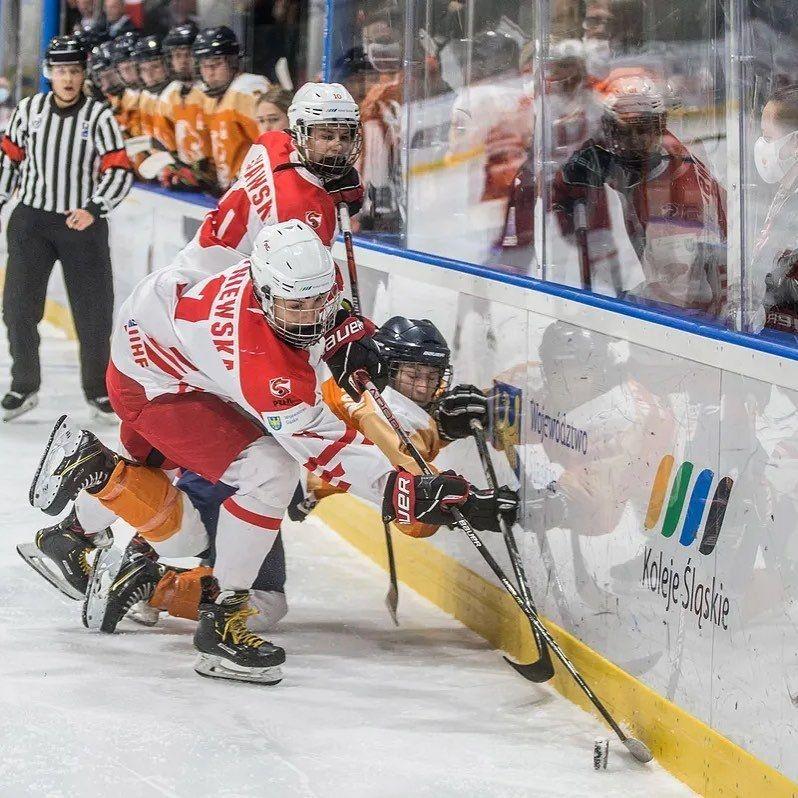 Een zuur einde voor @teamnlwomenshockey. De…