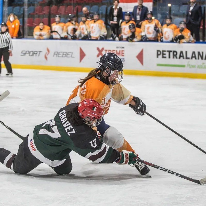@teamnlwomenshockey wint de openingswedstrijd…