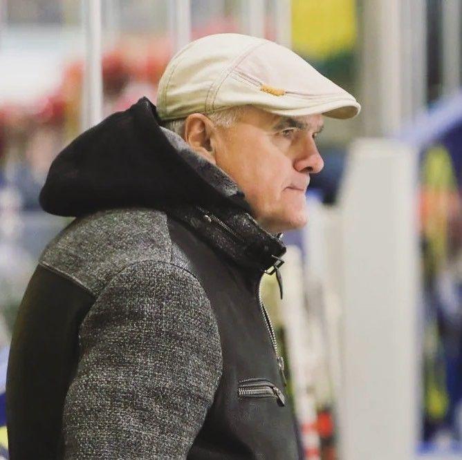 @pantershockey eert Alex Andjelic zaterdag in The…