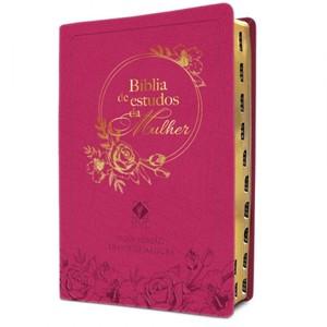 Bíblia De Estudos Da Mulher - Capa Em Couro Rosa