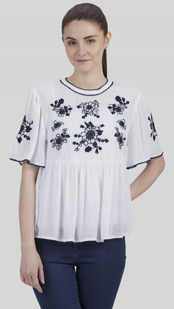 SbuyS - Floral Embroidered Peasant Top