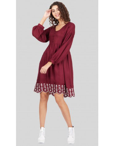 SbuyS - Schiffli Midi Dress