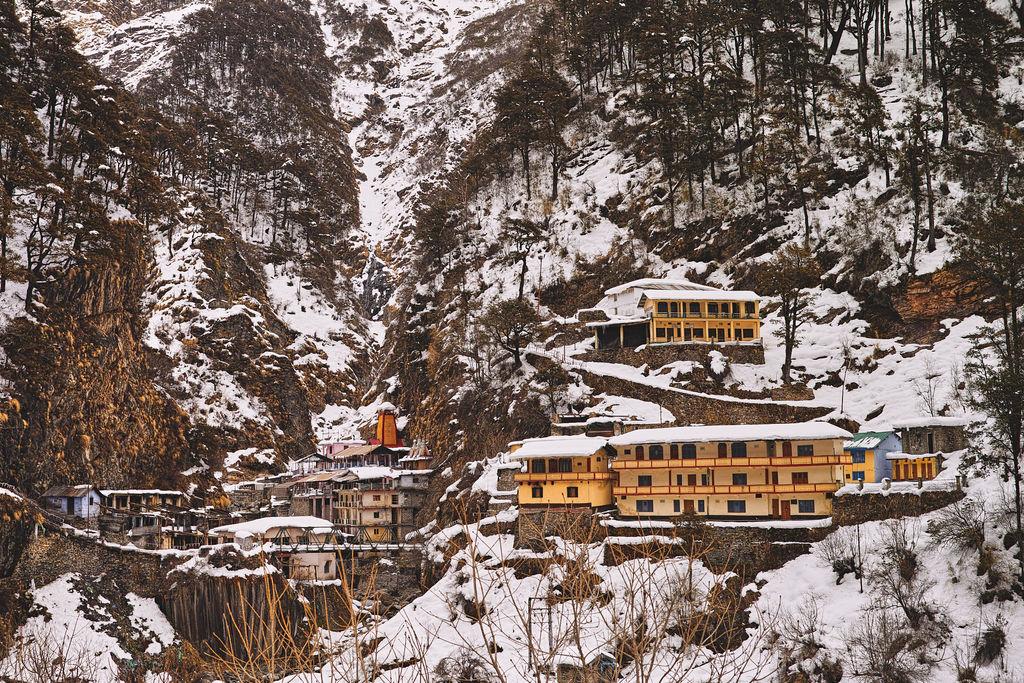 Yamunotri Dham (Uttarakhand) in winter