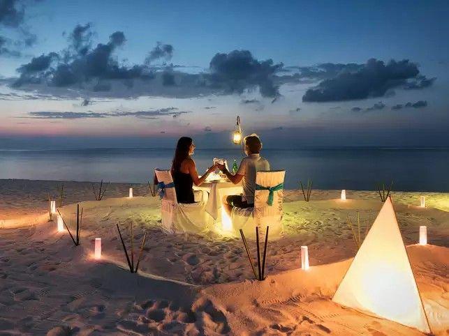 Dinner in Honeymoon