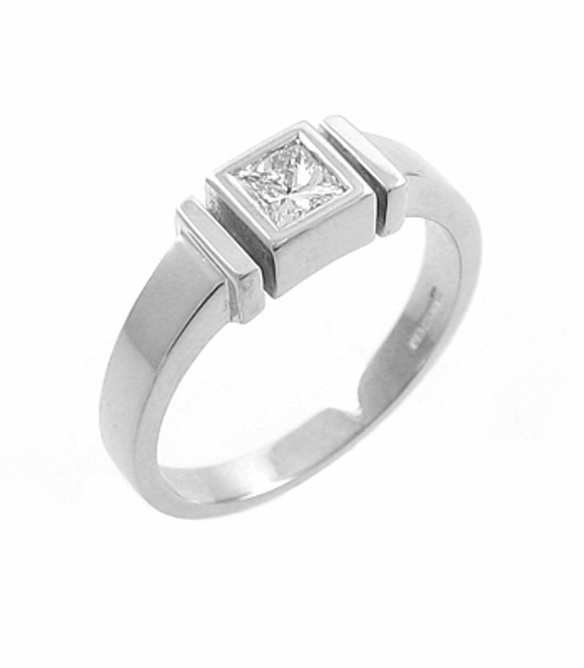 DR73400Princess cut diamond rubover set solitaire ringPictured item: 0.32cts diamond set in 18k white gold