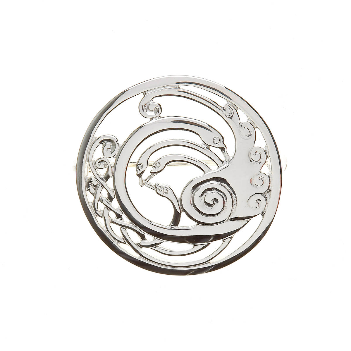 LARGE CHILDREN OF LIR BROOCH BOXED. This is truly a beautiful soft finish piece of jewellery and sure to be admired and commented on.