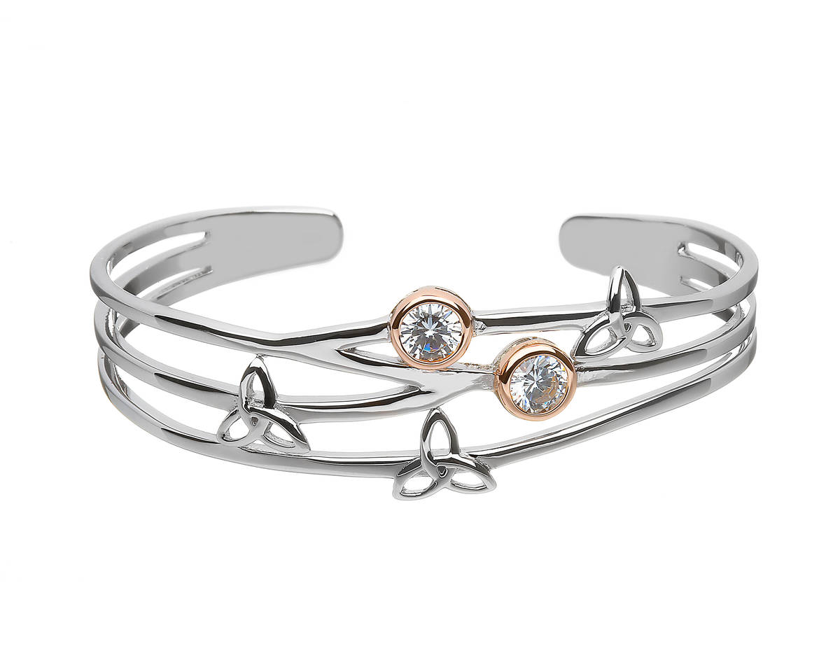 Silver Trinity Torque Bangle With Cz Set In Rose Gold Plating