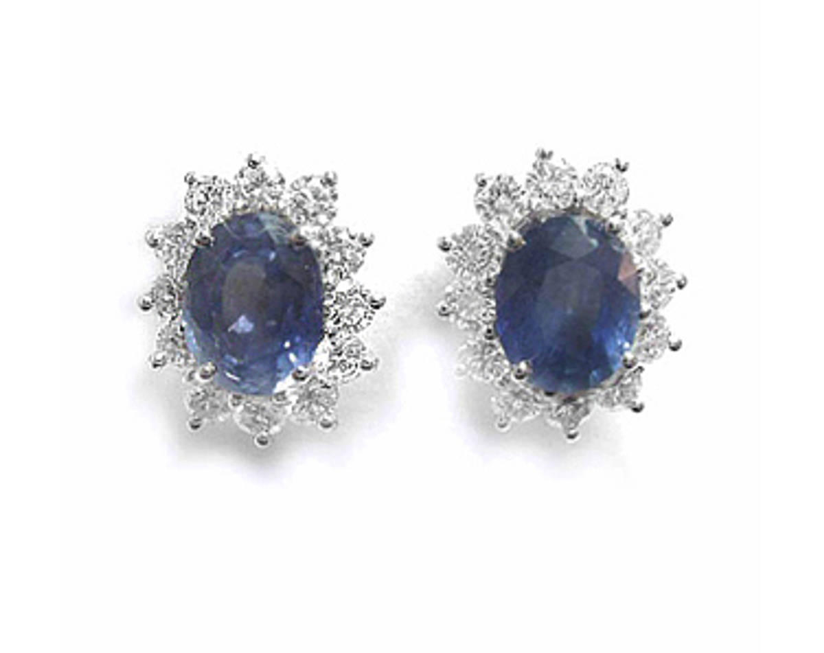OVAL SAPPHIRE AND ROUND DIAMOND CLUSTER STUD EARRINGSPictured item: sapphire 1.23ct/diamond 0.44ct set in 18k white goldimage 2309
