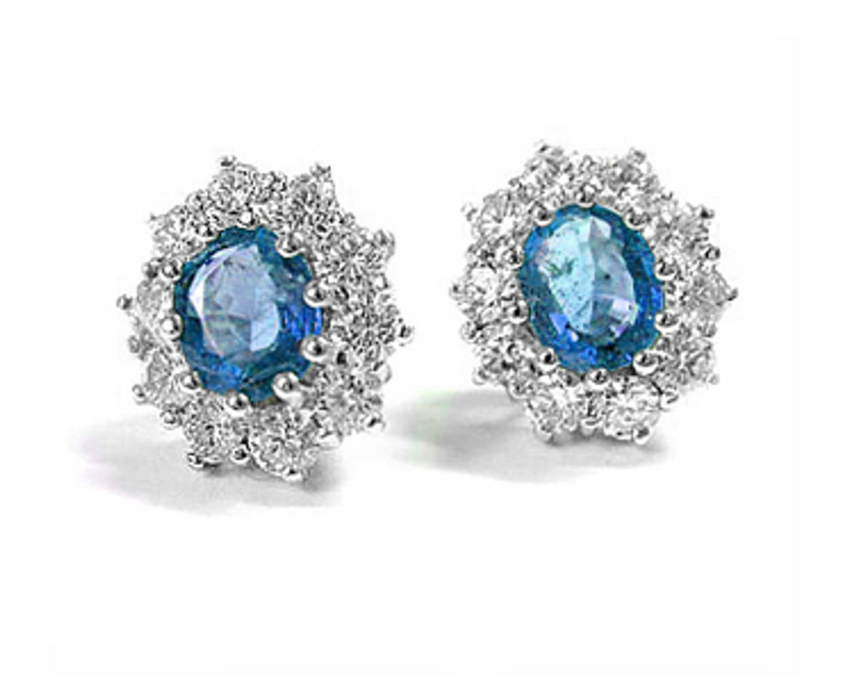 OVAL SAPPHIRE AND ROUND DIAMOND CLUSTER STUD EARRINGSPictured item: sapphire 1.55ct/diamond 0.82ct set in 18k white gold