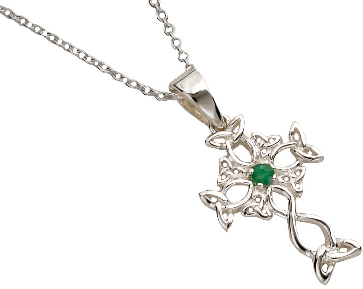 "Silver Celtic Design Cross With Emerald Centre On 18"" Trace Chain 16mx11m"