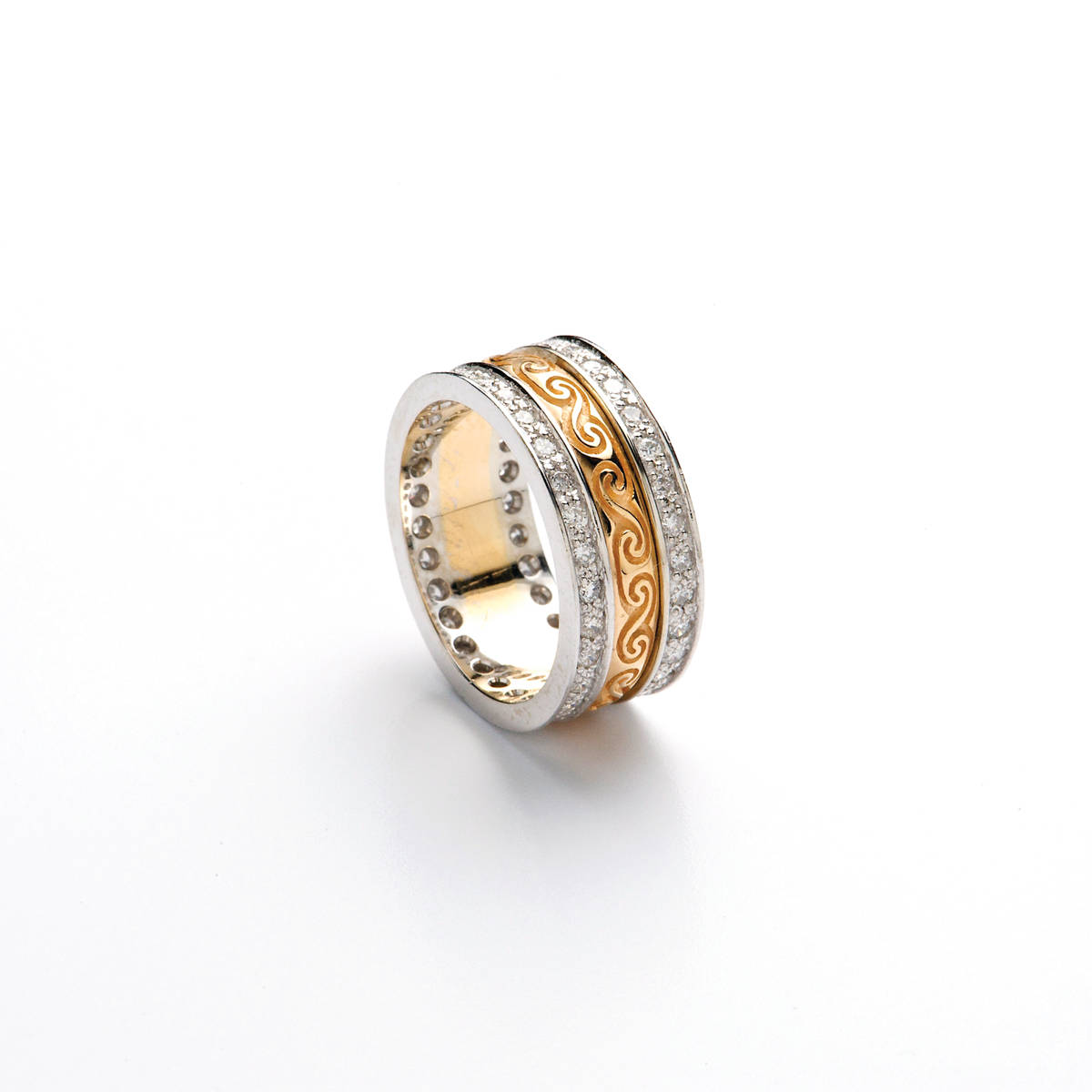18 carat yellow gold lady's knot etched diamond set ring.7.9mm wideExquisite to behold,to be sure.