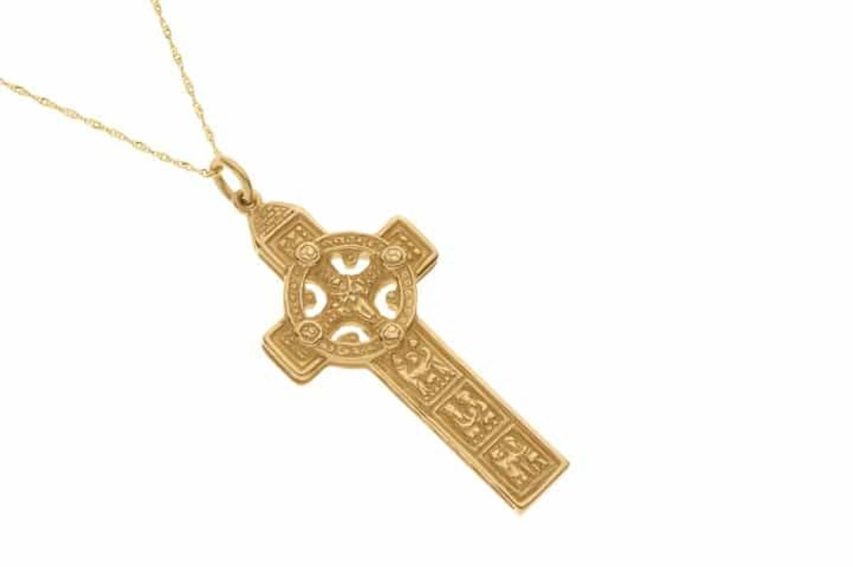 10 carat yellow gold heavy Clonmacnoise Celtic cross pendant