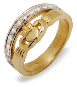 10ct W/gold Claddagh Ring With 11 Diamonds
