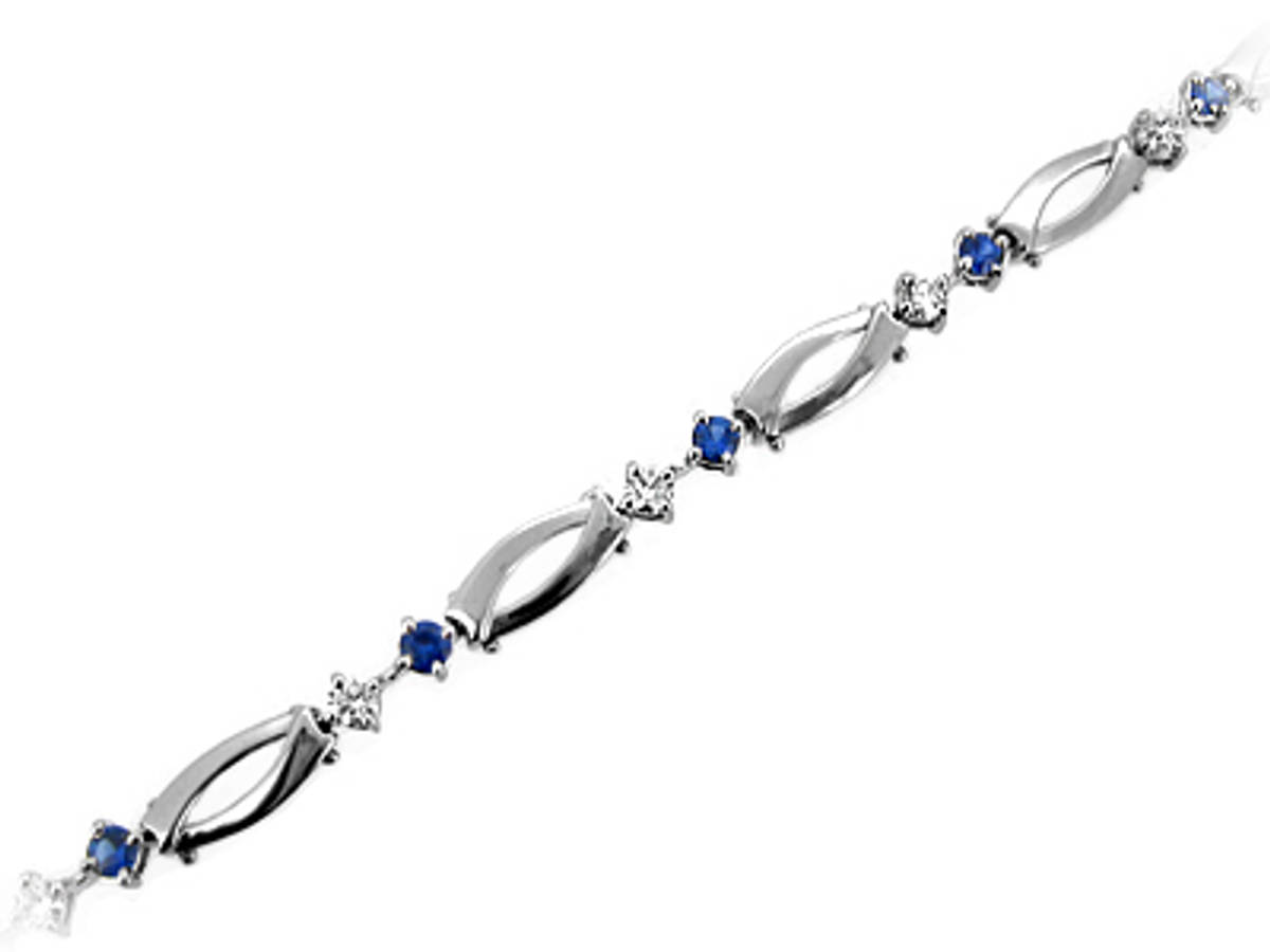 Sapphire and diamond bracelet in 18 ct white gold
