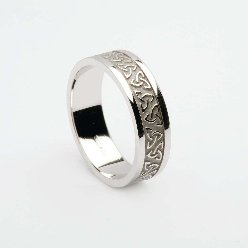 18carat white gold man's celtic knot wedding ring