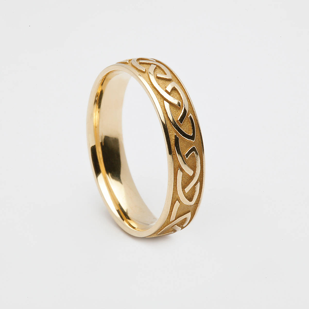 14 carat yellow gold man's Celtic love knot ring