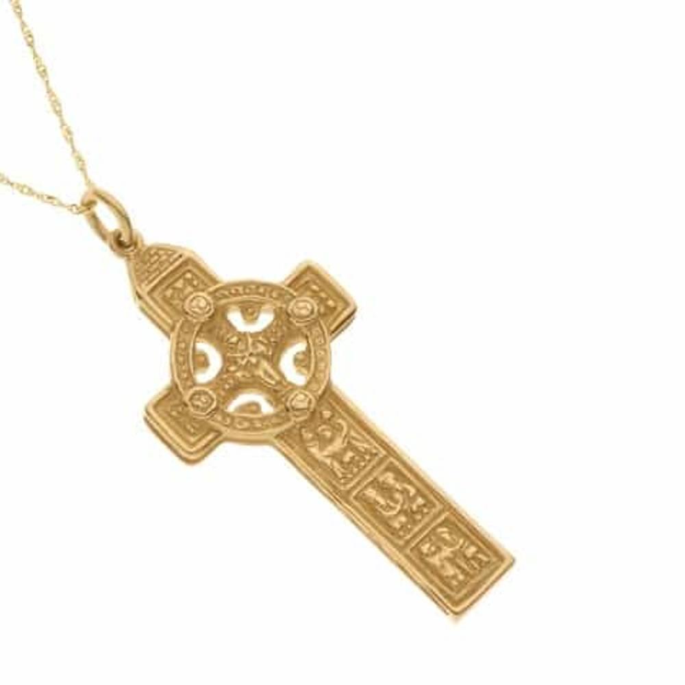 Yellow gold heavy Clonmacnoise Cross