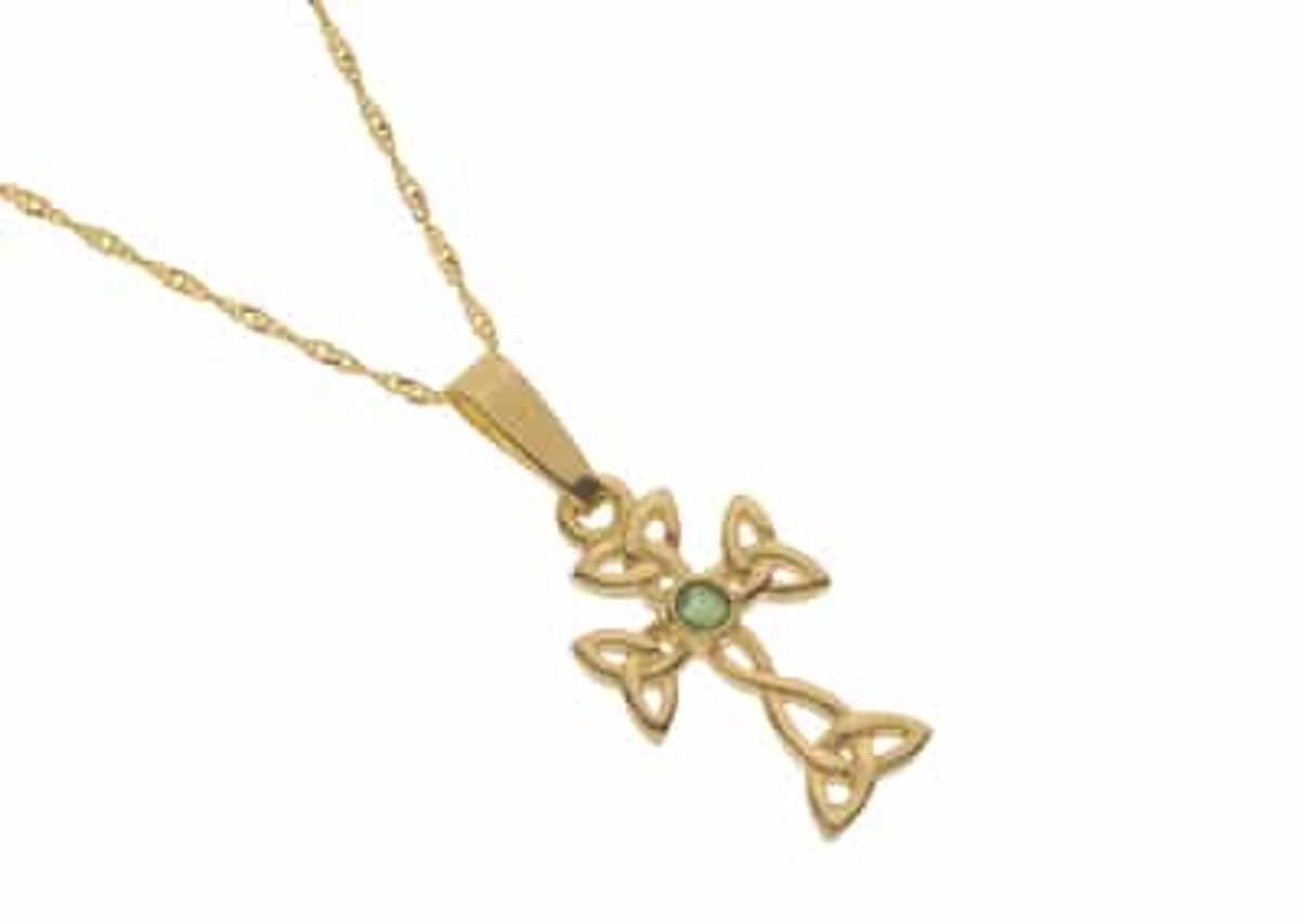 10 carat yellow gold Celtic knot cross with emerald