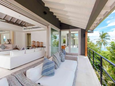 Arcadia at Cape Laem Sor Estate - Master bedroom with stunning view