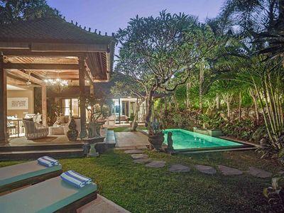 Avalon II - Pool and garden