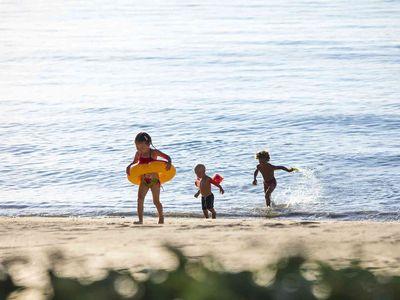 Ban Suriya - Beach children friendly activity