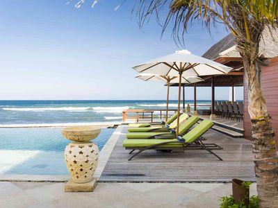 Villa Bayu Gita Beachfront - Poolside