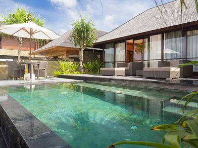 Villa Bayu Gita Beachfront - Master suite one plunge pool
