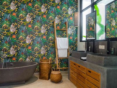 Villa Boa at Canggu Beachside Villas - Bathroom setting