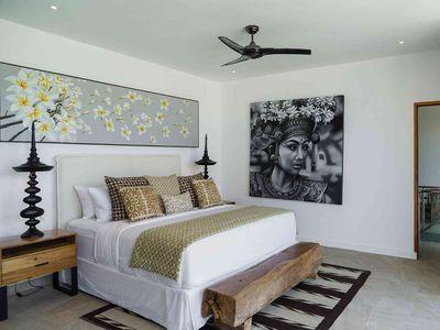 Villa Vida at Canggu Beachside Villas - Exquisite master bedroom design