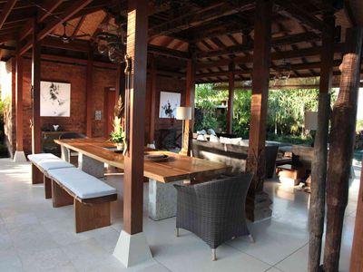 4. Villa Amy - Dining