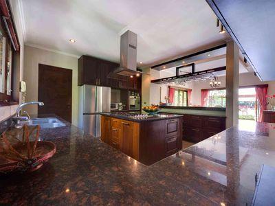 Villa Kalimaya I - Kitchen