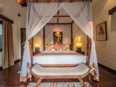 Villa Kalimaya III - Guest bedroom grandeur