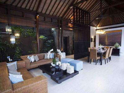 Lakshmi Villas - Kawi - Living and dining area