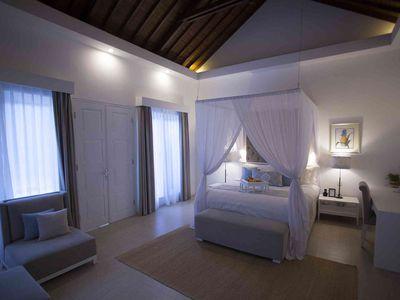 Lakshmi Villas - Kawi - Bedroom feature