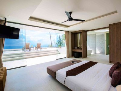 Villa Spice at Lime Samui - Bedroom one with exceptional view